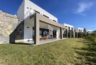 Bağla Ideal Town'da Sezonluk Kiralık Müstakil Villa