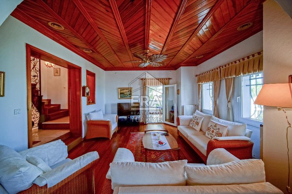 Bodrum Bitez Denize 500 mt Manzaralı Müstakil Villa