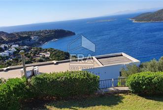 Bodrum Türkbükü 'nde Deniz Manzaralı Satılık Müstakil Villa